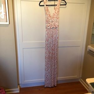 Dresses & Skirts - NWT Full Length Stress Orange White low cut